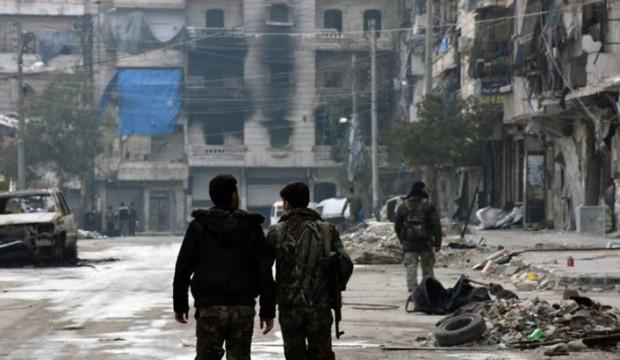 """""""شبيحة"""" يركبون الدراجات النارية يثيرون مخاوف سكان حلب"""