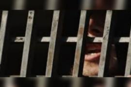 الشبكة السورية لحقوق الإنسان :إن النظام السوري بحاجة إلى 325 عاماً للإفراج عن 130000 معتقل لديه.