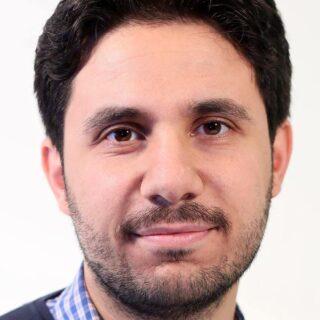 محمد الربيعو:تصريحات نواب تيار المستقبل تشبه أداء الأحزاب الشيوعية.
