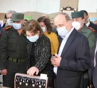 """وسط التعذيب حتى الموت.. النظام السوري يقيم """"حفلات ثقافية"""" في السجون"""